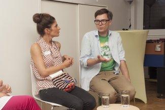 TV-Journalisten und Moderatoren Kathy Salie' und Ralph Caspers beim TrauBe-Spenderempfang Foto: Alexandra Jäger